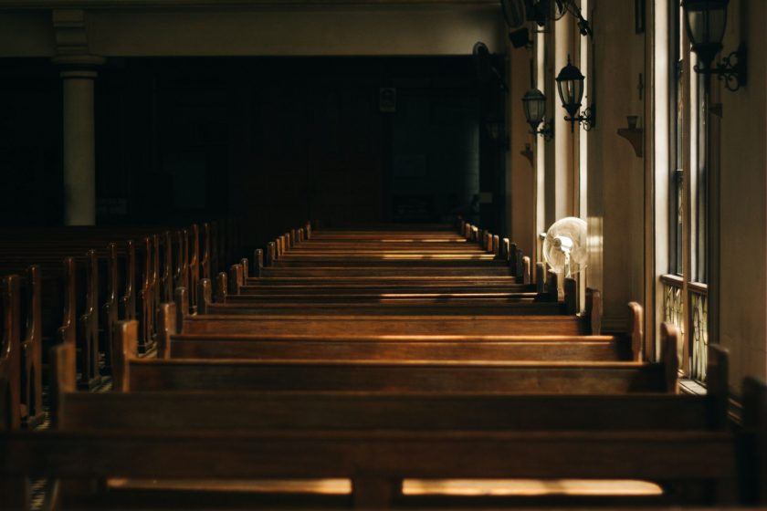 How To Effectively Present An Online Church Service 1